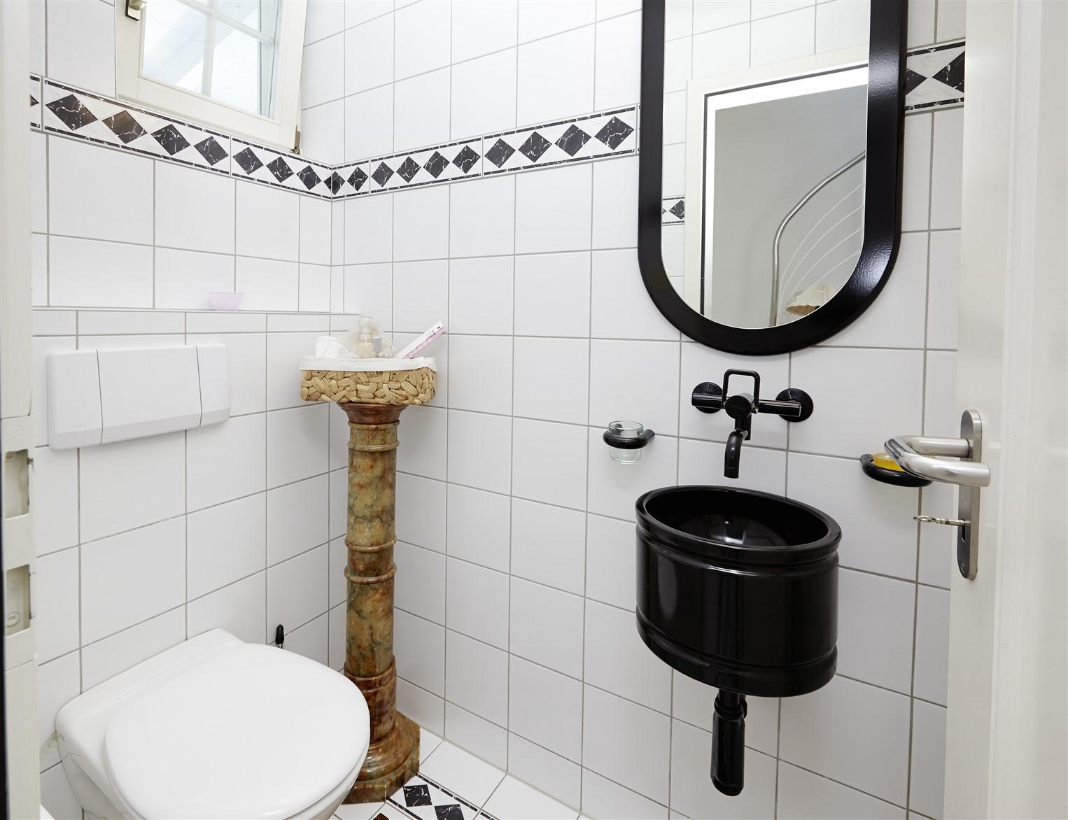 Bolligen WC Eingang