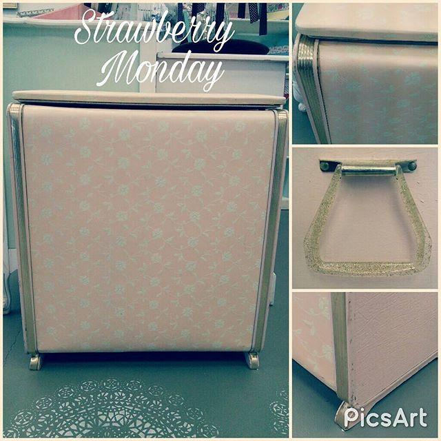 Vintage Pink Laundry Hamper