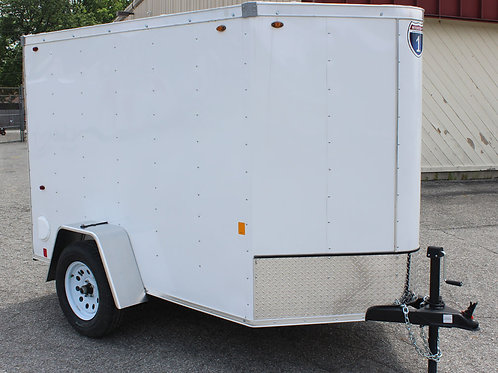 White Interstate 1 5' x 8' Enclosed Trailer