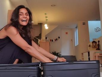 Se você tivesse que seguir a vida com o que cabe numa mala, o que entraria nela?! ♡