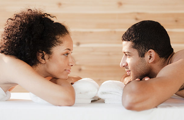 01_couple-getting-a-massage-facing-each-