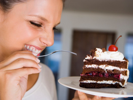 10 Ways To Finally Crush Your Food Cravings - For Good!