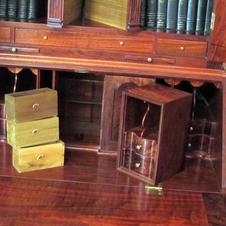 Hidden Compartments, Queen Anne