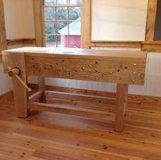 English Bench w/ Leg Vise