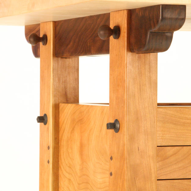 Carving Table Details