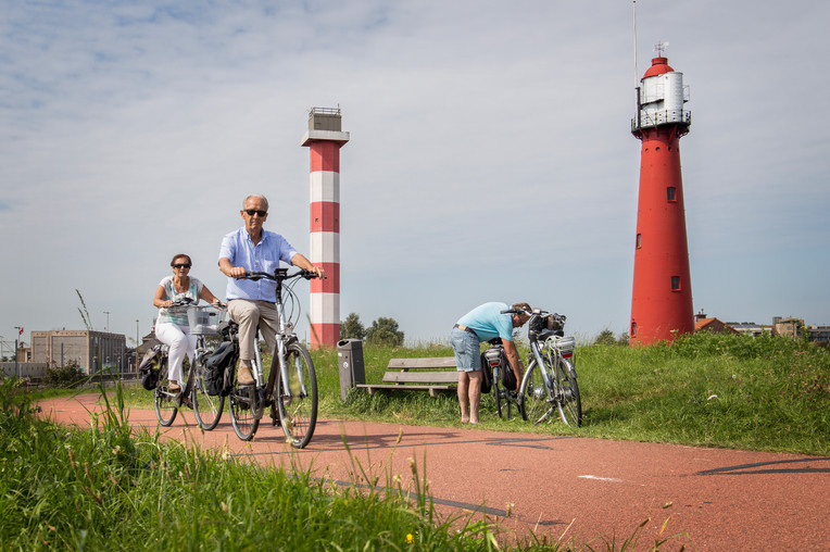hvh-recreaie-fietsen-vuurtoren-rotterdampartners-holland.jpg