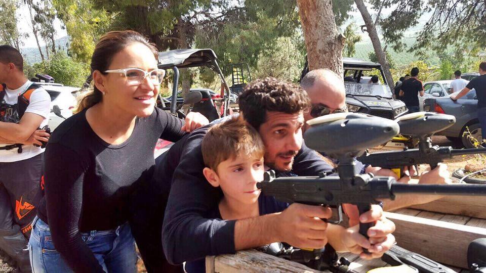 שלומי קוריאט והמשפחה בפיינטבול בגלבו