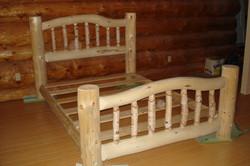 Log Bed--Dining Room --May 2006 001