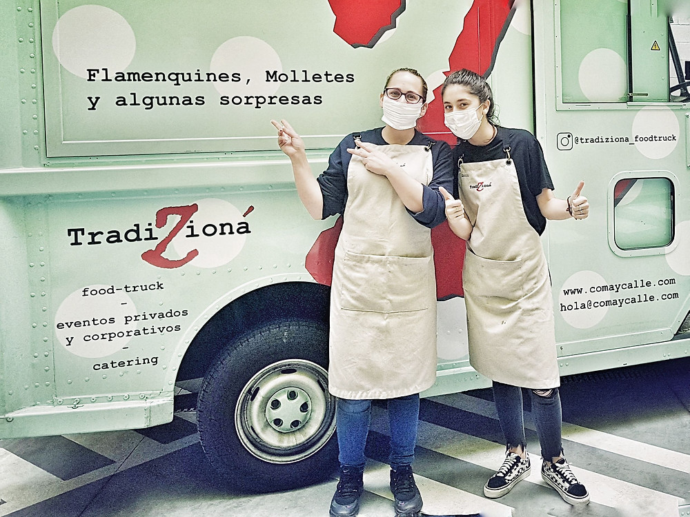 TradiZiona food truck with volunteers