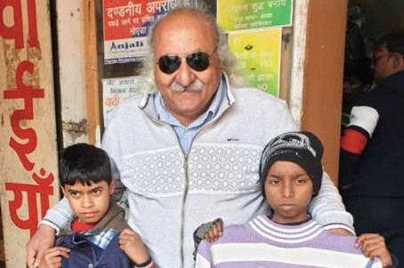 Owner of Dadi ki Rasoi, Anoop gives affordable access to food, clothing, and medicines to the needy