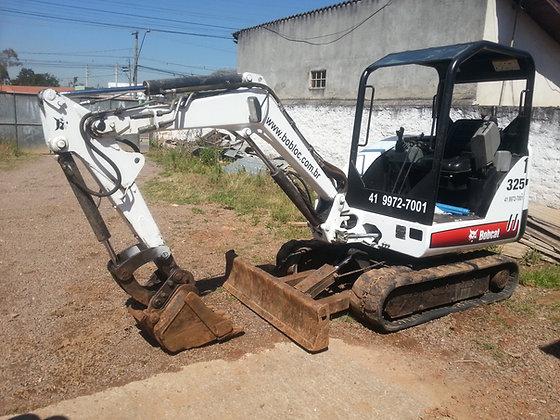 Mini Escavadeira Bobcat 325