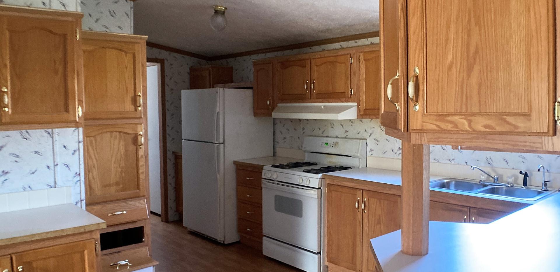 w4a-310-Kitchen3.jpg