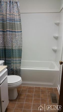 Aw-Bathroom1