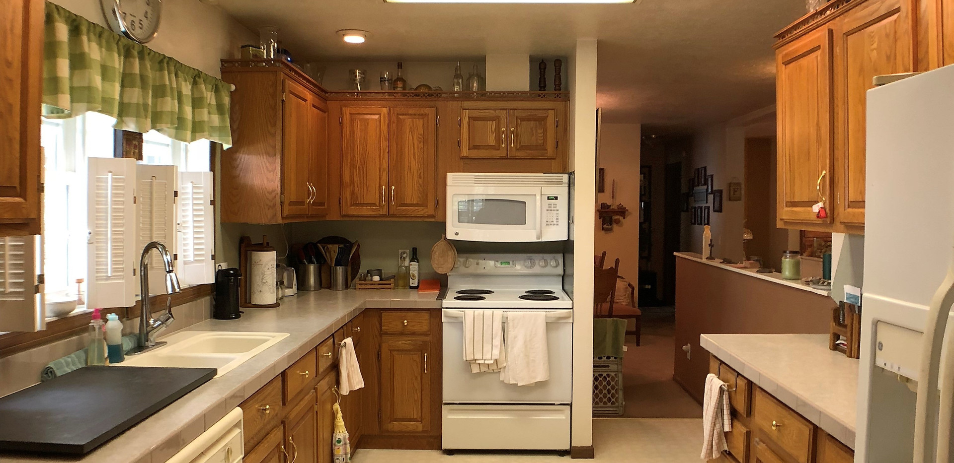w5-309Kitchen2.jpg