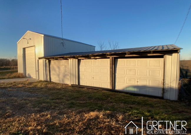 w29a-105 Large Shed.jpg