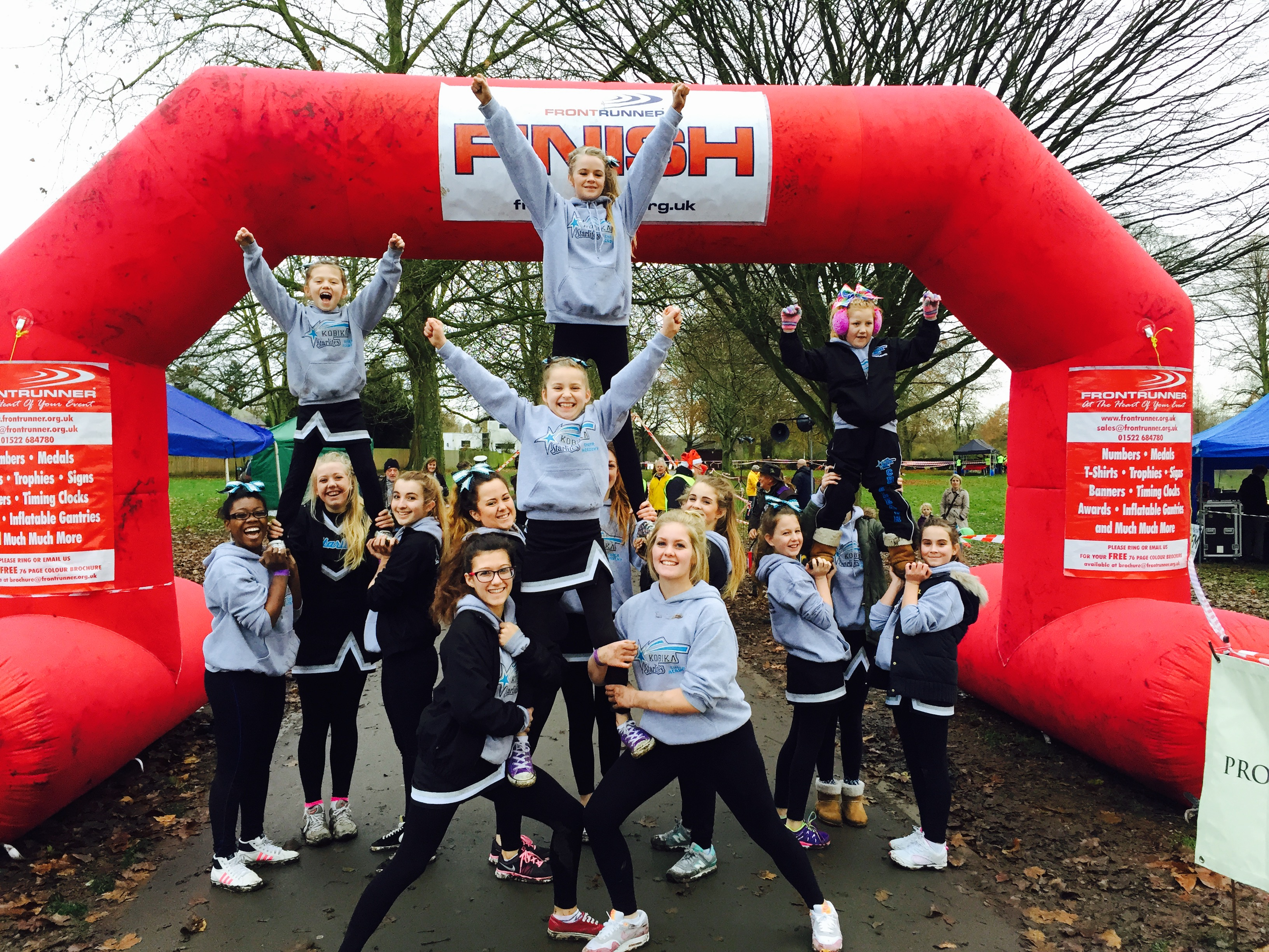 Santa Fun Run in Marlow 2014.JPG