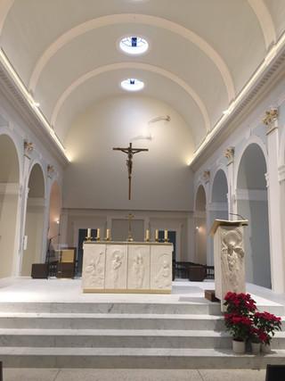 Consécration du nouvel Autel et du mobilier Liturgique par Monseigneur Michel AUPETIT lors de la Gra