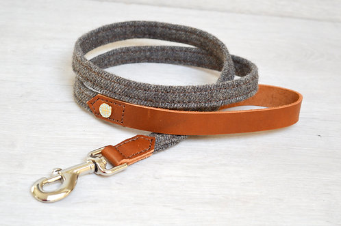 Leather & Tweed Lead (nickel plated)
