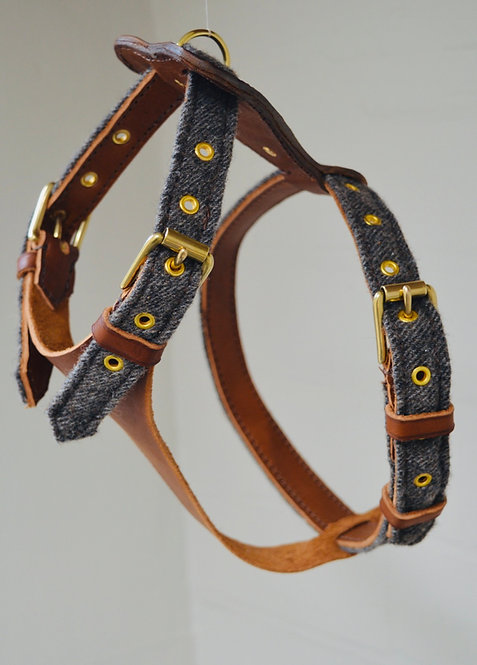 Tweed & Leather Bespoke Harness