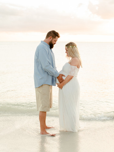 maternity_couple_beach_sunset_florida_ph