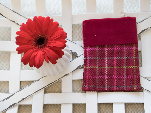 Red  woven  small  card  holder