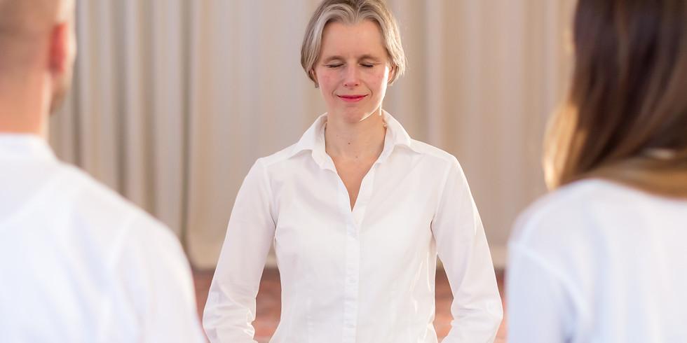 ONLINE: Samara Yoga Tag für Einsteiger und Fortgeschrittene