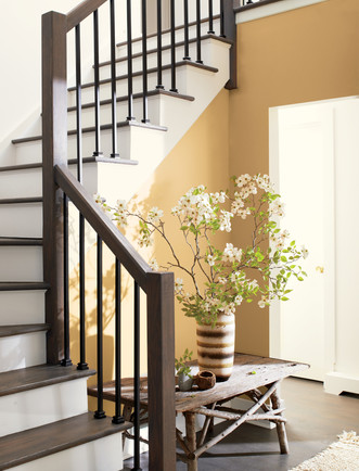 Colour_Trends_2021_Yellow_and_White_Stai