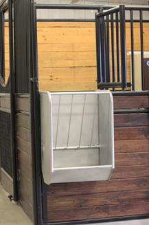 Flat Back Hanging Panel Feeder