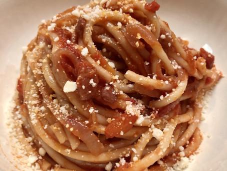"""Easy Pasta - Bucatini All""""Amatriciana"""