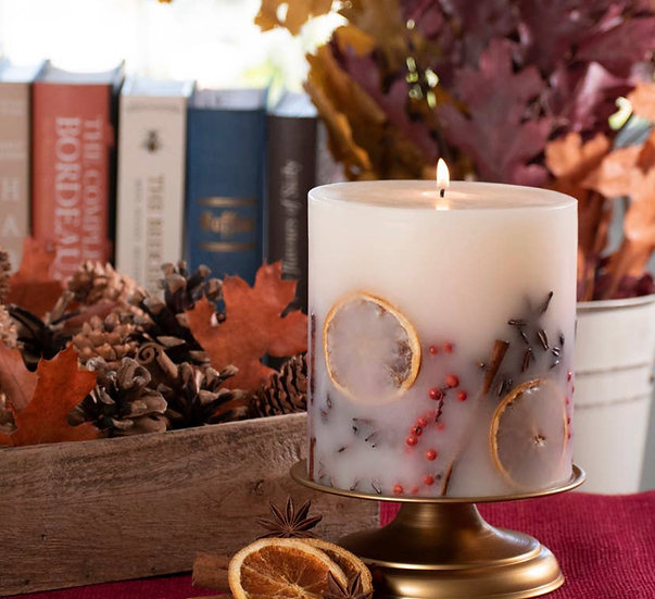 Holiday Memories Botanical Candle (In Store Only)