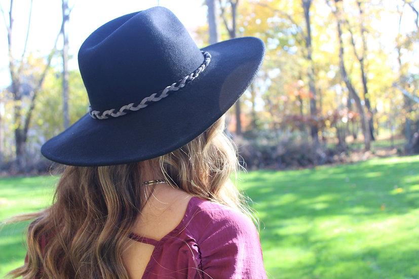 Wide brim wool hat