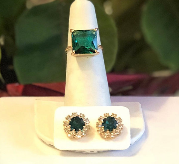 Emerald Green Crystal Earring in 18K Gold plated