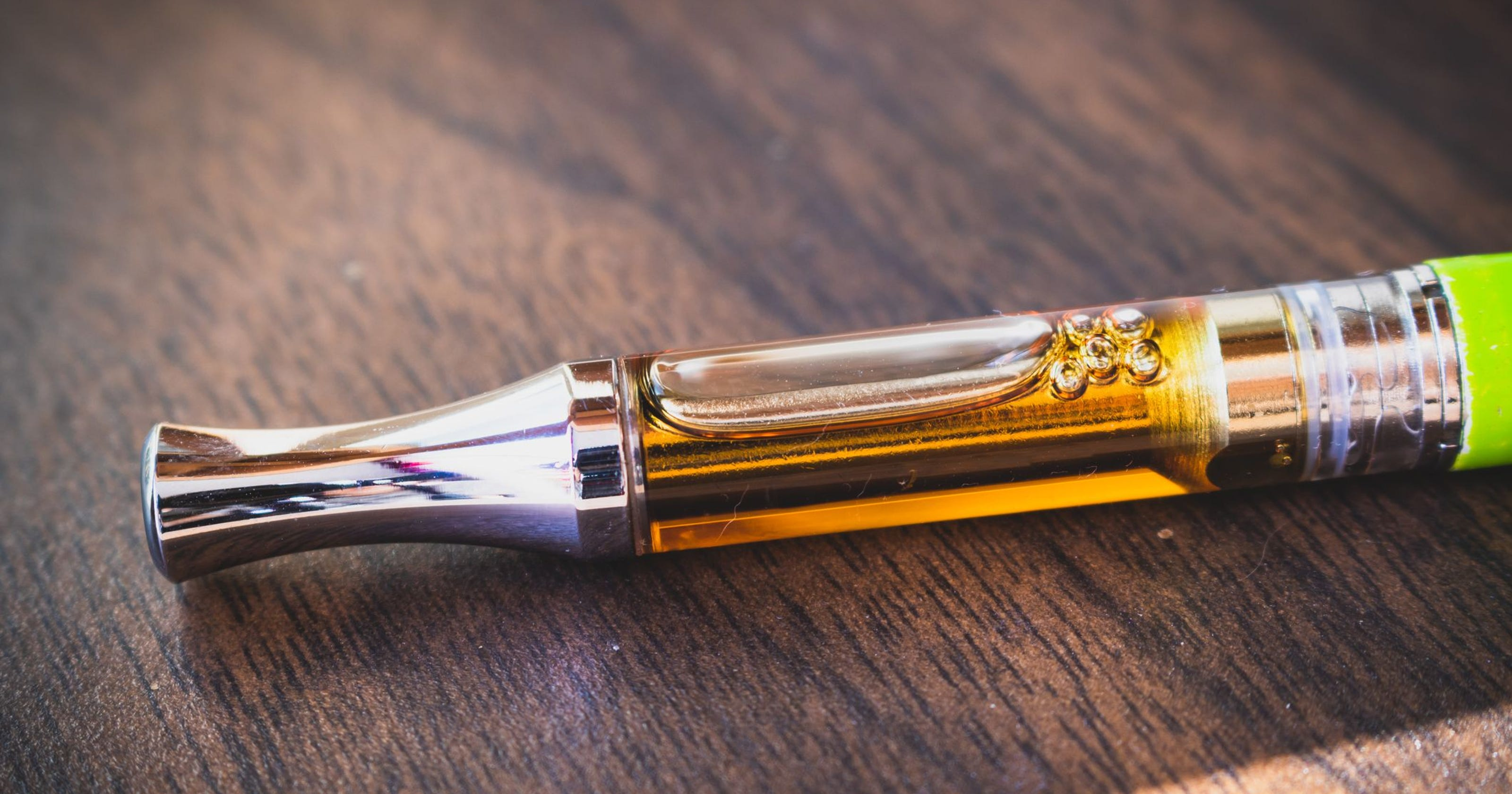 oil-cartridge-vape-cartridge-getty