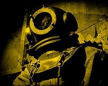 vintage-deep-sea-diving-suit-daniel-hage