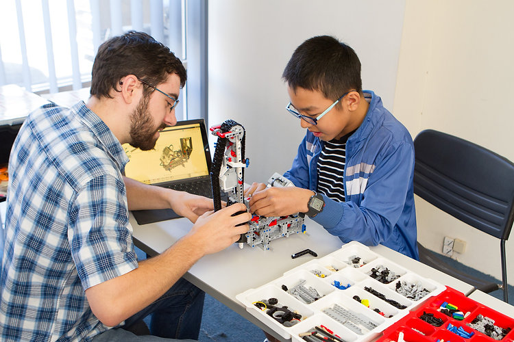 Personalised tuition at Atop Education for Robotics
