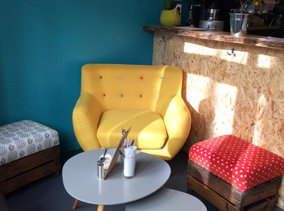 fauteuil jaune.JPG