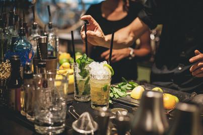 Intim8 Event Cocktail making