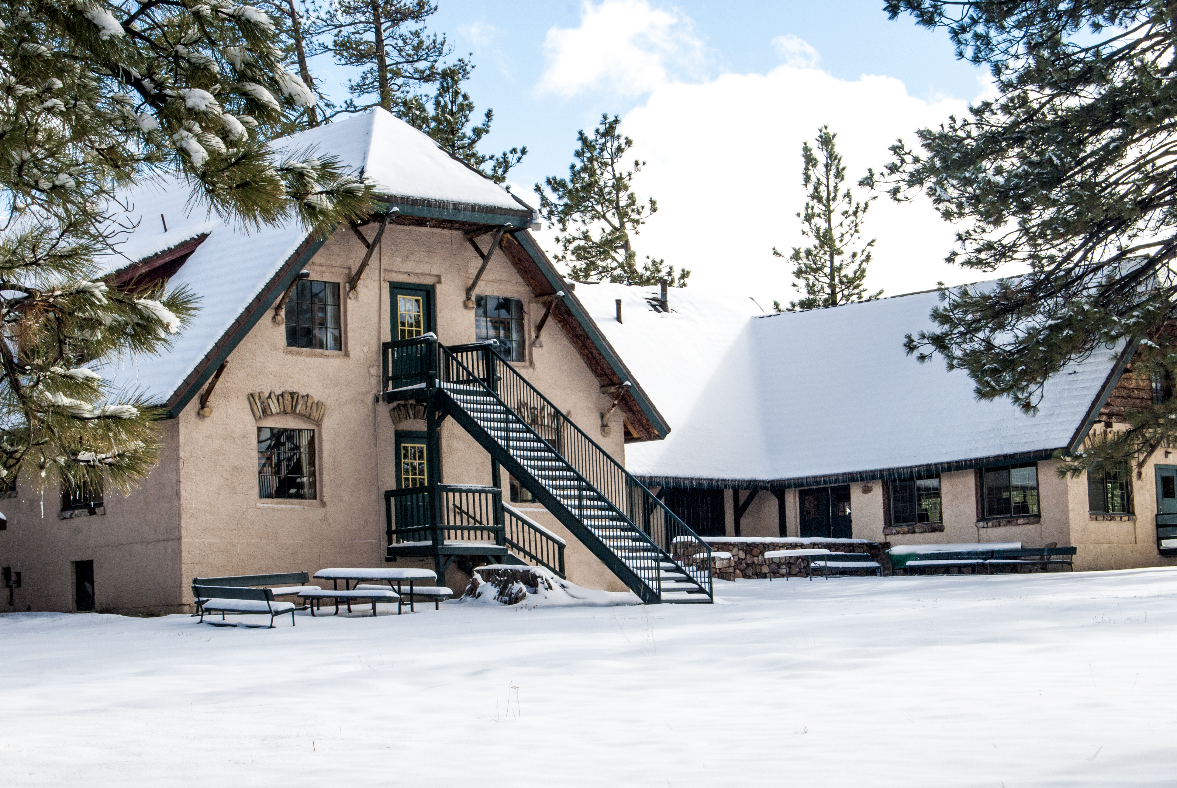 Snow-Lodge-Big-Bear-Lake-Christian-Conference-Center