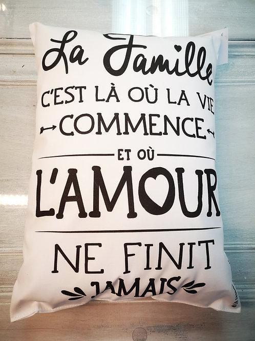 """Coussin """"La famille"""""""
