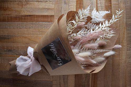 Bouquet de fleurs séchées - Crème et rose