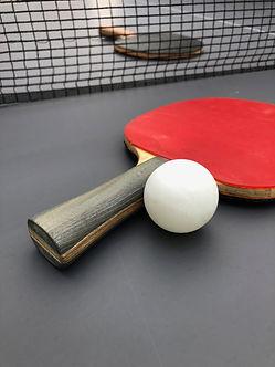 Raquette de Ping-Pong@Frédéric Ferrer.