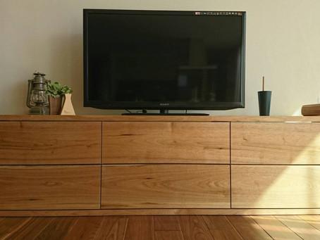 クルミのTVボード