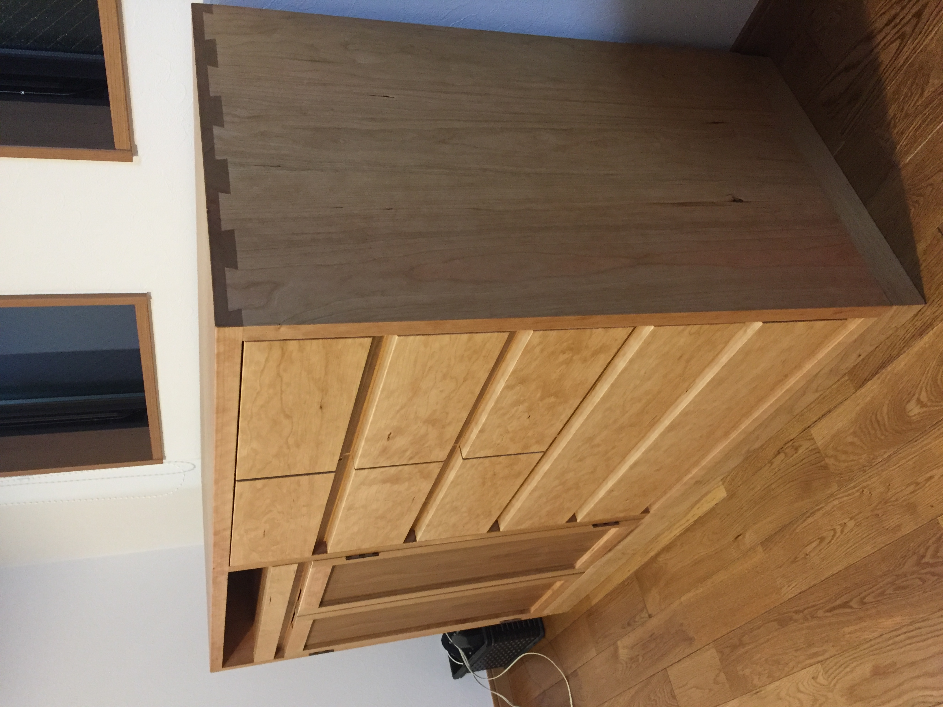 Cabinet (order made)