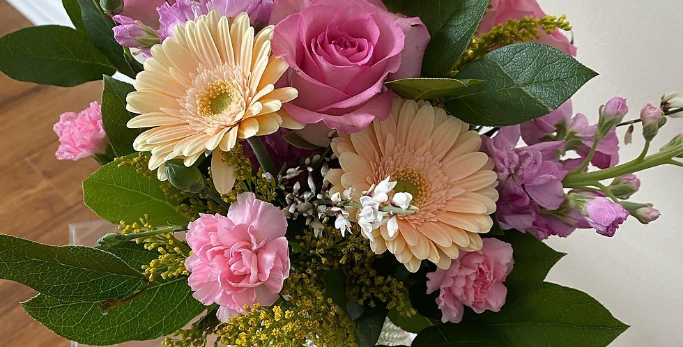 5/8 (Saturday) Mother's Day Virtual Floral Arranging Class
