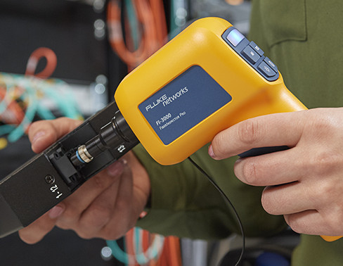 FI-3000 FiberInspector™ Pro MPO Inspection Camera