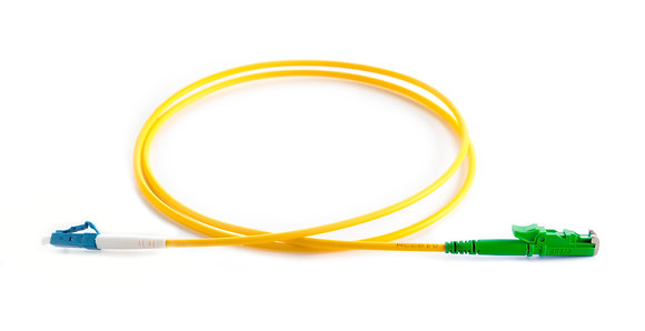 OS2 9/125 E2000/APC-LC Simplex Fibre Optic Patchcord / Matrix Global Networks