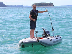 stable+inflatable-portable-boat-Takacat+