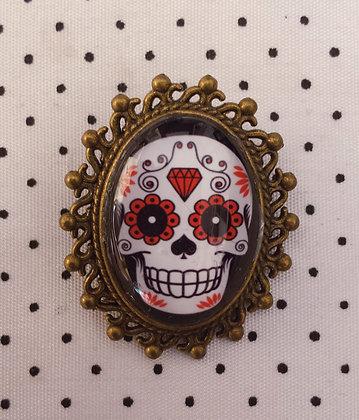 "Broche camée ""Skull"""