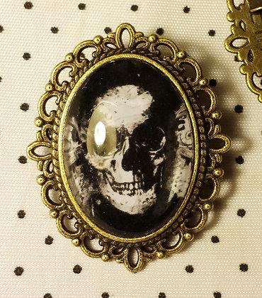 """Broche camée """"Black Skull"""""""