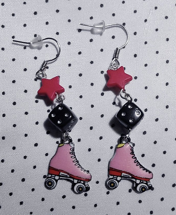 BO Roller Derby red stars and dices